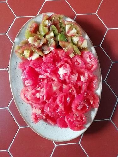 salade Ananas Noire et Rose de berne