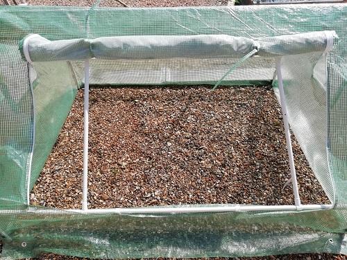 serre froide new 2 pour rempoter les plants de tomates